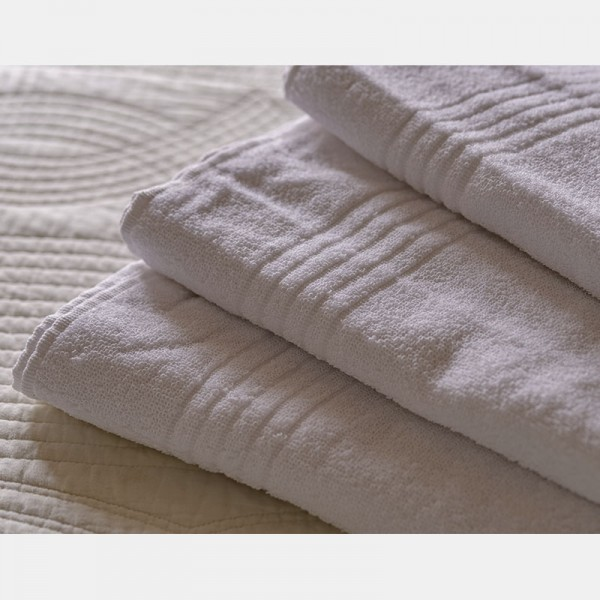 Toalla blanca baño 100% algodón, 450gr/m2