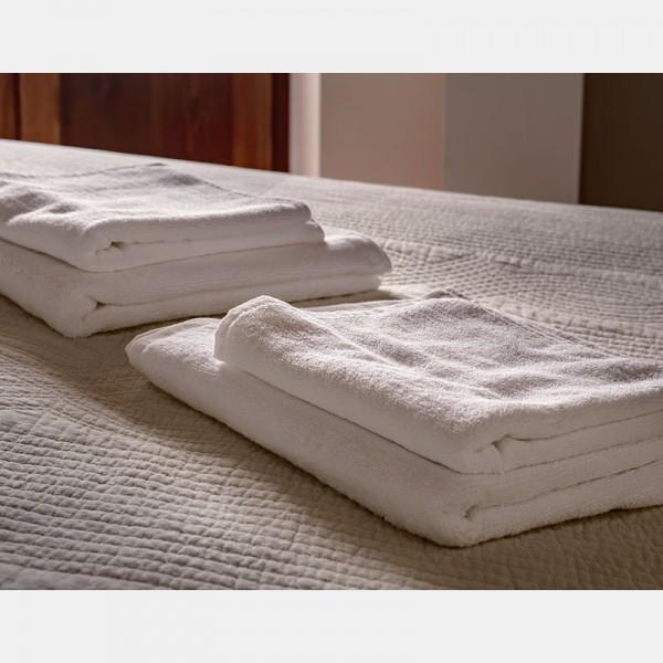 Toalla blanca ducha 100% algodón, 500gr/m2