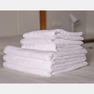 Toalla blanca baño 100% algodón, 500gr/m2  (Lisa)