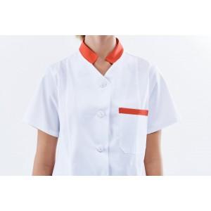 Blusa blanca con detalles en rojo